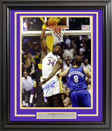 Shaquille O'Neal Autographed Framed 16x20 Photo Los Angeles Lakers PSA/DNA Stock #191224