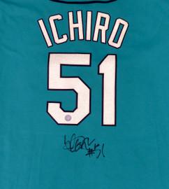 Seattle Mariners Ichiro Suzuki Autographed Majestic Jersey Size XXL IS Holo SKU #193816