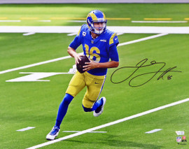 Jared Goff Autographed 16x20 Photo Los Angeles Rams Fanatics Holo Stock #194857