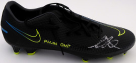 Mason Mount Autographed Black Nike Phantom Cleat Shoe Chelsea F.C. Size 9.5 (Light Auto) Beckett BAS #K06360