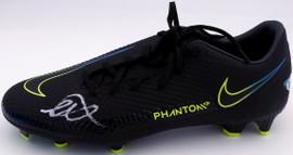 Mason Mount Autographed Black Nike Phantom Cleat Shoe Chelsea F.C. Size 9 Beckett BAS #K06361