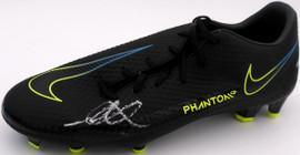 Mason Mount Autographed Black Nike Phantom Cleat Shoe Chelsea F.C. Size 10.5 Beckett BAS #K06358