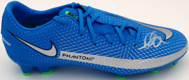 Mason Mount Autographed Blue Nike Phantom Cleat Shoe Chelsea F.C. Size 8 Beckett BAS #K06435
