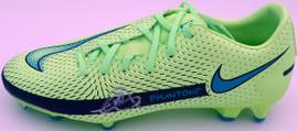 Mason Mount Autographed Green Nike Phantom Cleat Shoe Chelsea F.C. Size 8 (Light Auto) Beckett BAS #K06315