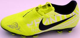 Mason Mount Autographed Yellow Nike Phantom VNM Nike Skin Cleat Shoe Chelsea F.C. Size 10 Beckett BAS #K06381