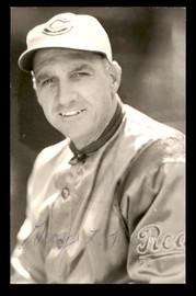 George Kelly Autographed 3.5x5.5 Postcard Cincinnati Reds SKU #197478