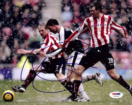 Wayne Bridge Autographed 8x10 Photo Chelsea PSA/DNA #U54434