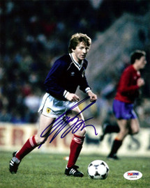 Gordon Strachan Autographed 8x10 Photo Scotland PSA/DNA #U58418