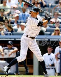 Ichiro Suzuki Autographed 8x10 Photo New York Yankees IS Holo SKU #75927