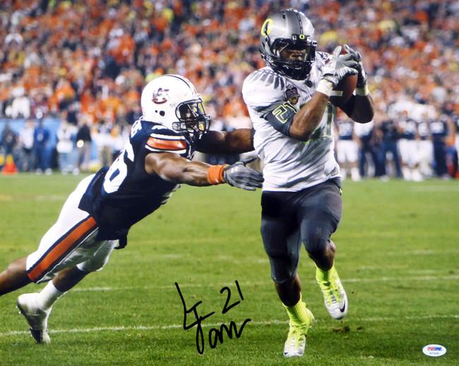 LaMichael James Autographed 16x20 Photo Oregon Ducks PSA/DNA RookieGraph Stock #22765