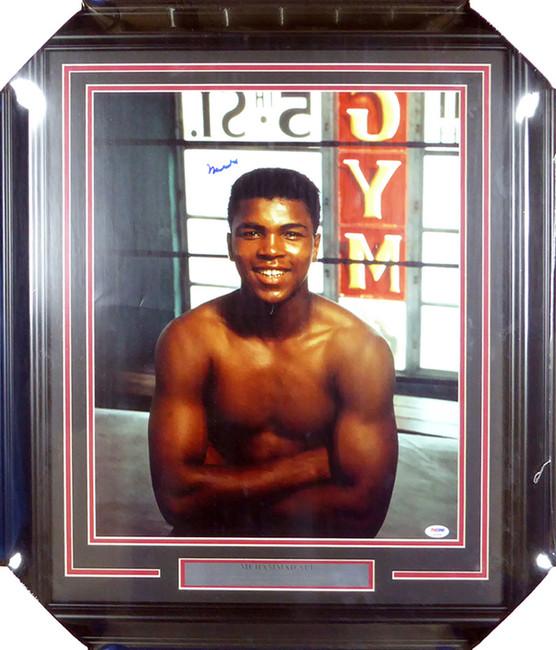 Muhammad Ali Autographed Framed 16x20 Photo PSA/DNA #S14054