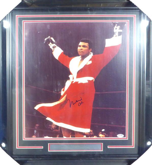 Muhammad Ali Autographed Framed 16x20 Photo PSA/DNA #S14051