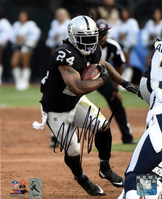 Marshawn Lynch Autographed 8x10 Photo Oakland Raiders ML Holo Stock #130756