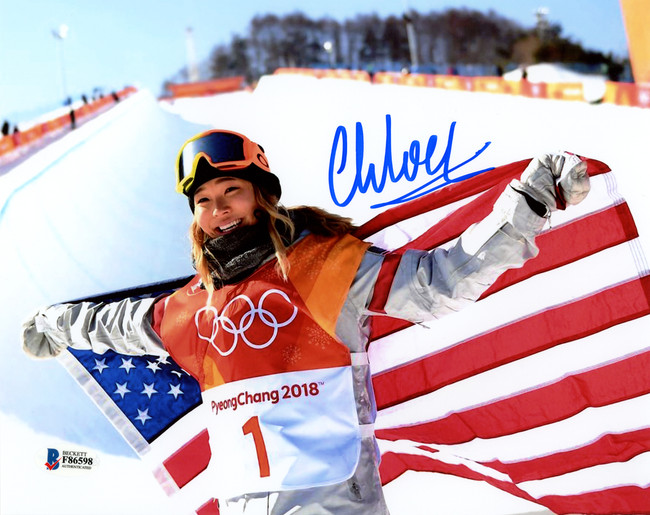 Chloe Kim Autographed 8x10 Photo Team USA Women's Snowboarding 2018 Winter Olympics Beckett BAS Stock #144536