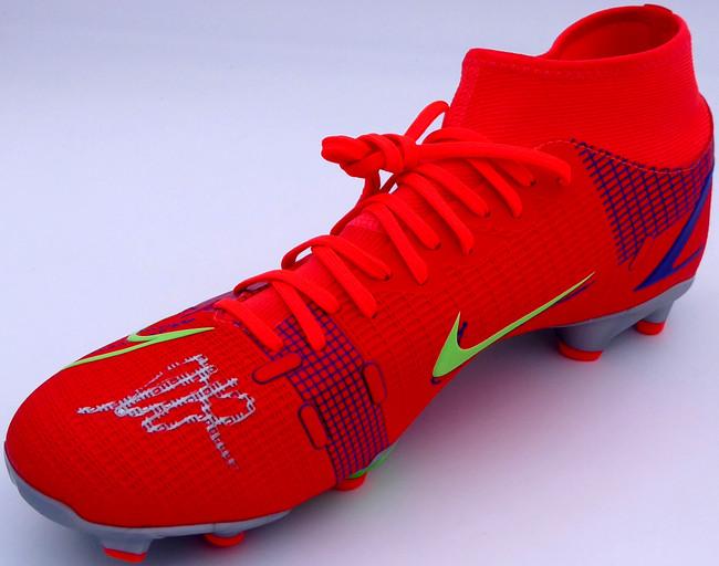 Mason Mount Autographed Orange Nike Mercurial Cleat Shoe Chelsea F.C. Size 9 Beckett BAS #K06422