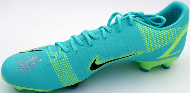 Mason Mount Autographed Teal Nike Mercurial Cleat Shoe Chelsea F.C. Size 10 Beckett BAS #K06324