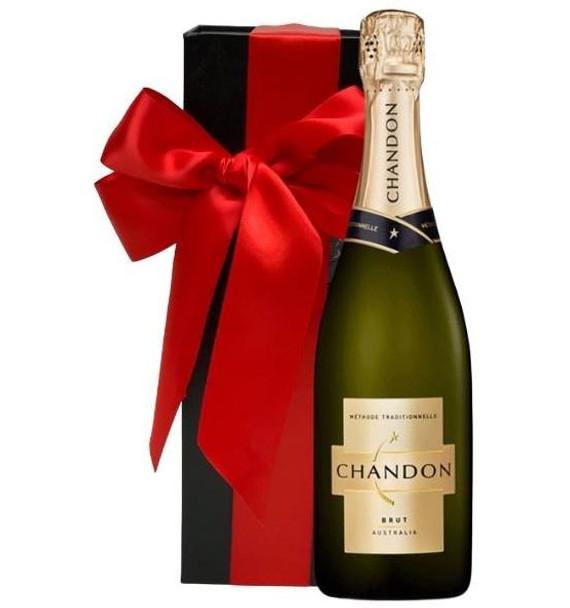 Chandon Brut Sparkling Wine Gift Box 750mls