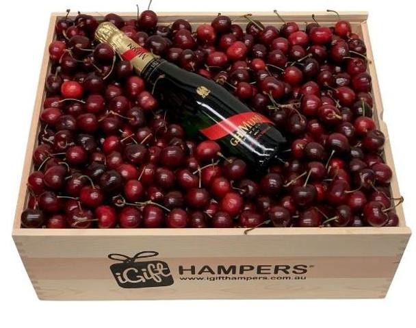 GH Mumm Cherry Hamper