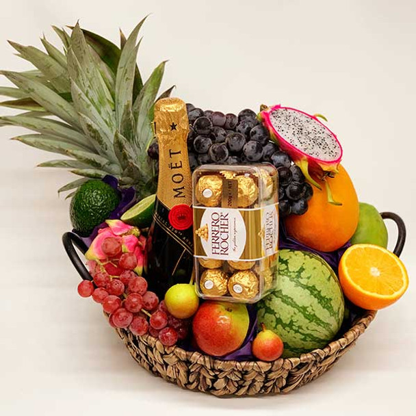 Christmas Fruit Basket with Moet Champagne