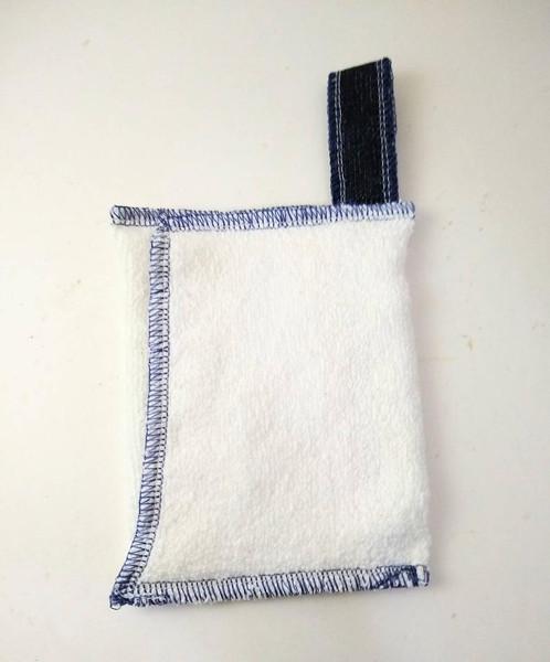 zero waste soap saver wash cloth with hang-tag