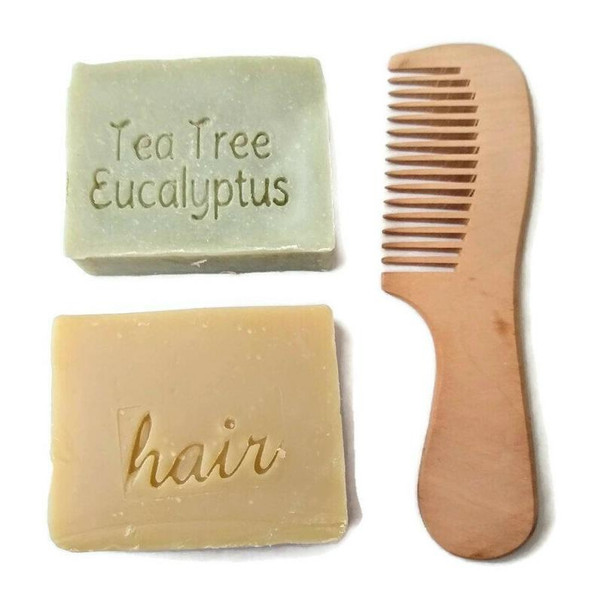 2 shampoo bars with wooden comb with handle by Aquarian Bath