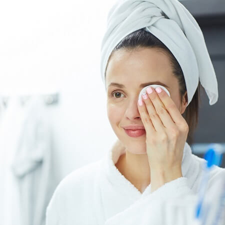 guide-to-eye-makeup-remover-nsc.jpg