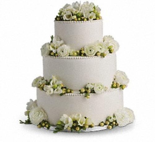 Freesia and Ranunculus Cake Decoration