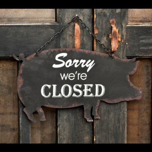 Open Closed Metal Hanging Pig Sign