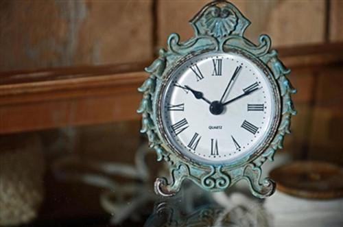 Petite Patinia Table Clock