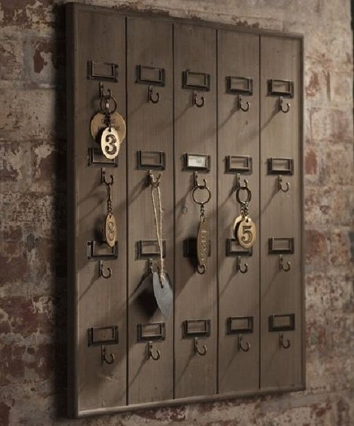 Reclaimed Wood Hotel 20 Hook Large Key Rack Holder