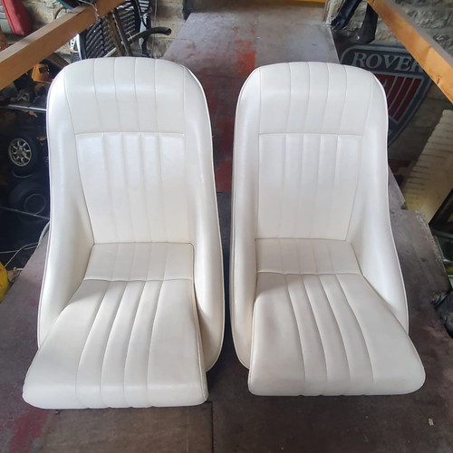 Cobra classic off white seat package for classic Mini, clearance