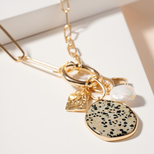 Stone Pearl Charms Chain Linked Necklace