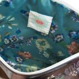 APL0052-Beauty-Bouquet-Large-Tassel-Pouch-Inside-768x1037