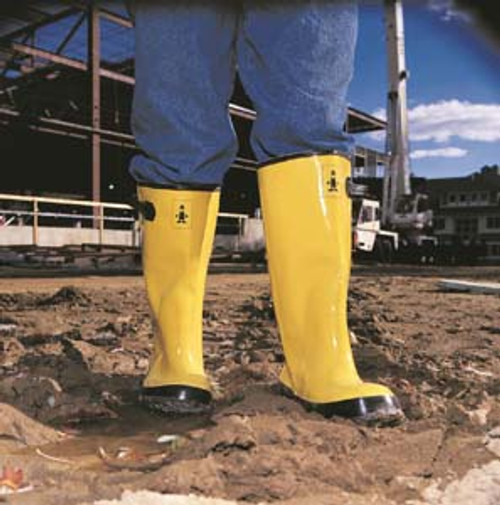 BOOTS SLUSH YELLOW RUBBER-OVER THE SHOE