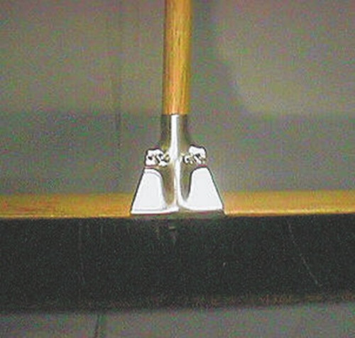 Wholesale Priced BROOMBLACKBEAUTYCORNBROOM   Bulk Cleaning Supplies