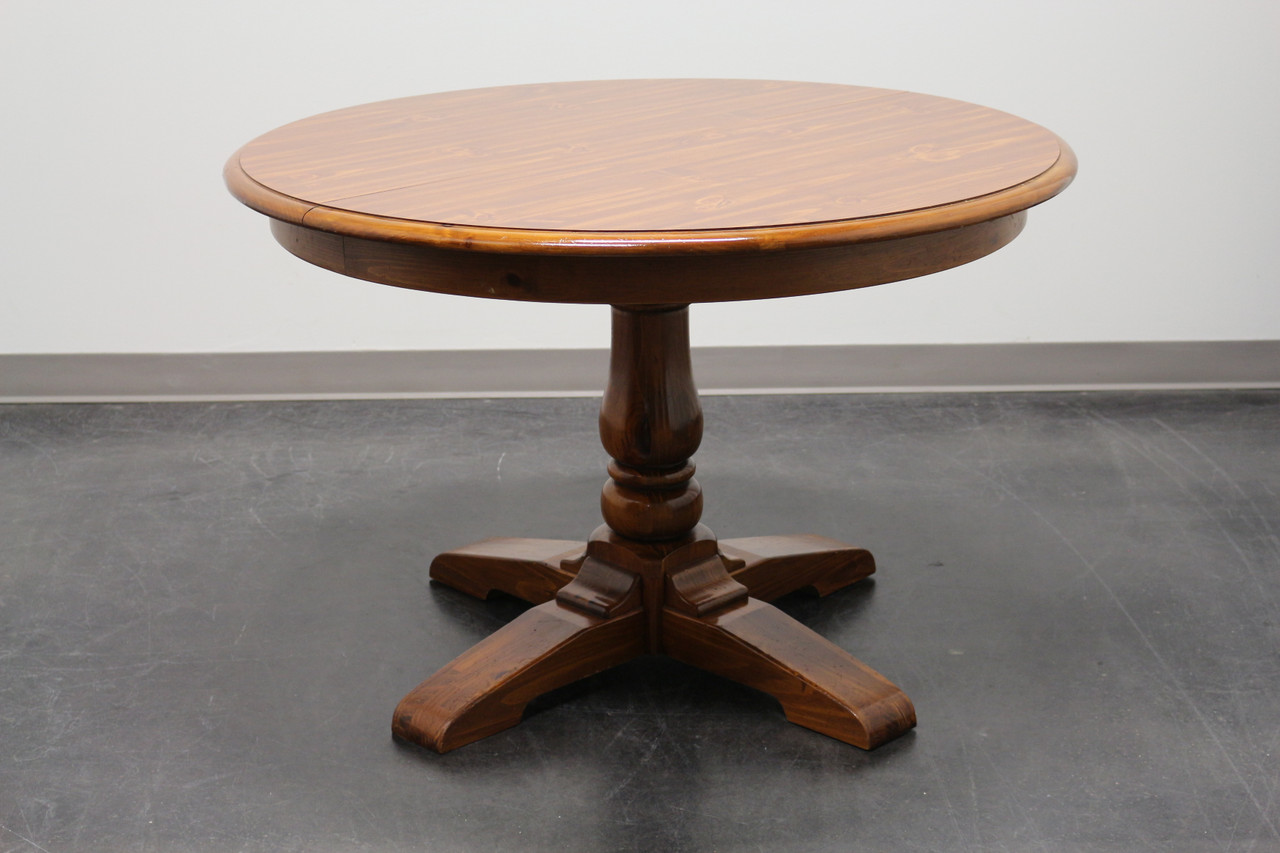 Sold Ethan Allen Vintage Solid Pine Farmhouse Style Round Dining Table Boyd S Fine Furnishings