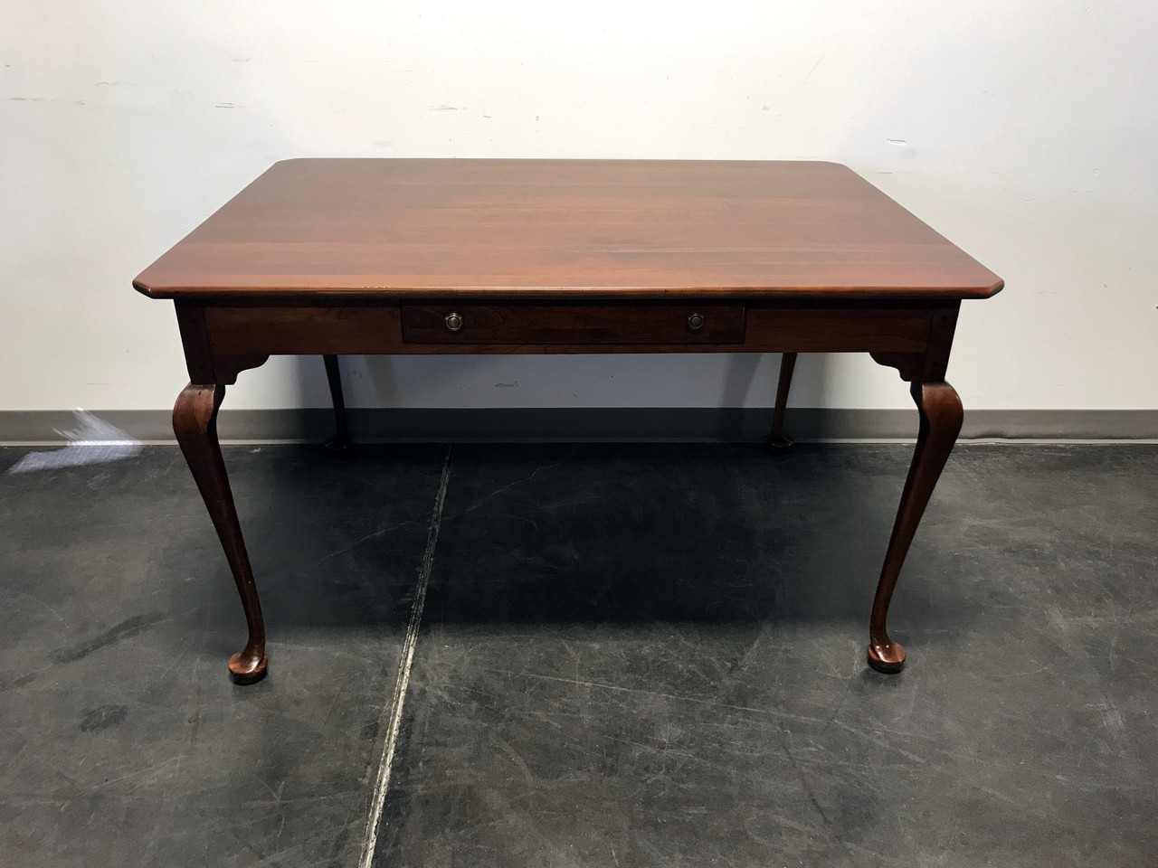 SOLD OUT   LEXINGTON BOB TIMBERLAKE Solid Cherry Keeping / Dining Table