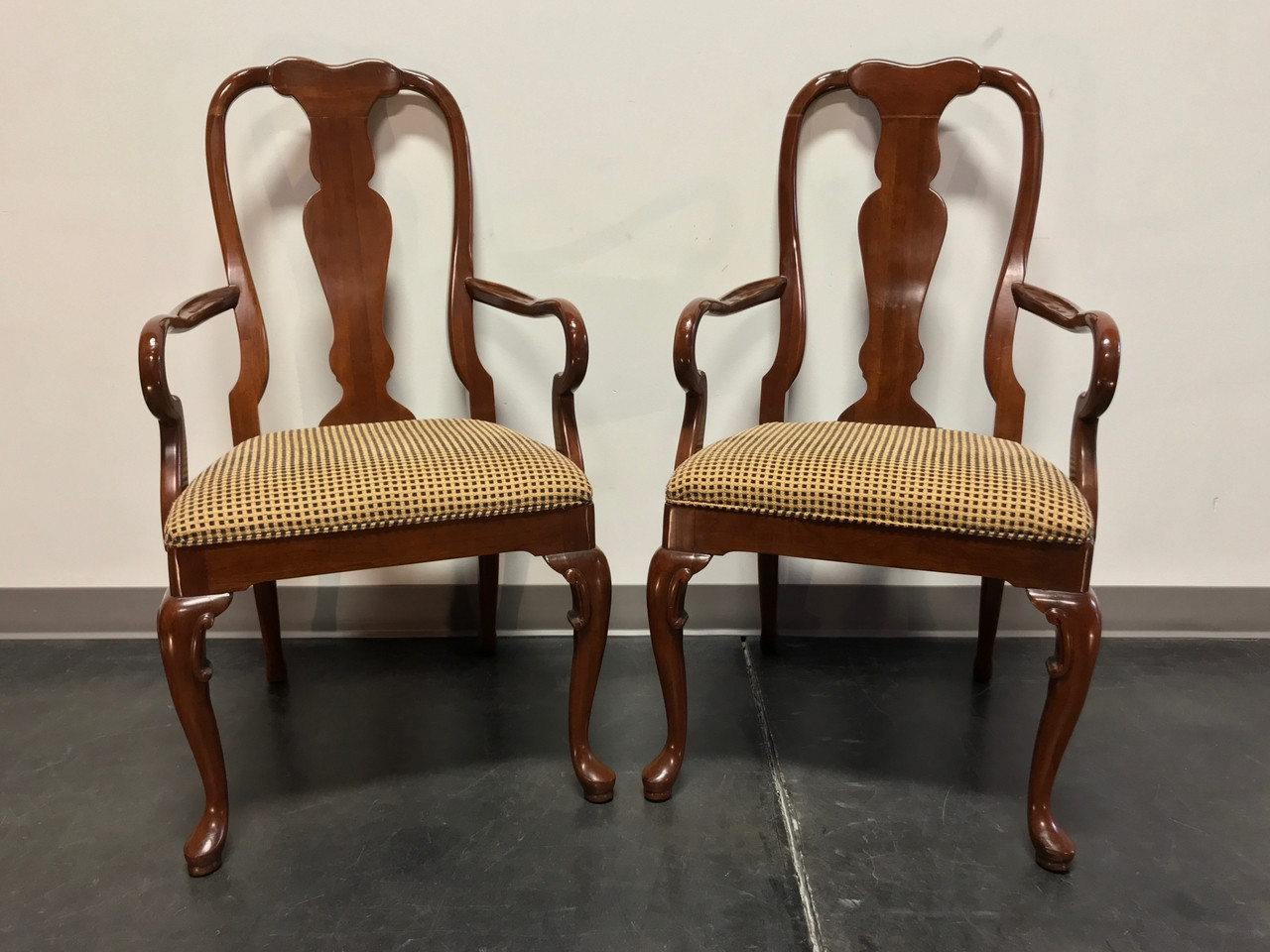 Sold Out Solid Cherry Queen Anne Dining Captain S Arm Chairs By