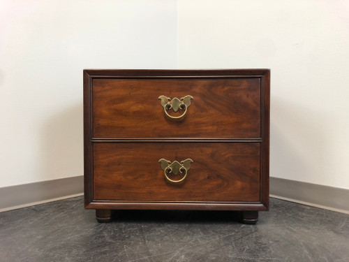 HENREDON Asian Style Chinoiserie Nightstand / Bedside Chest
