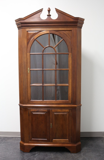 STICKLEY Traditional Solid Mahogany Corner Cabinet