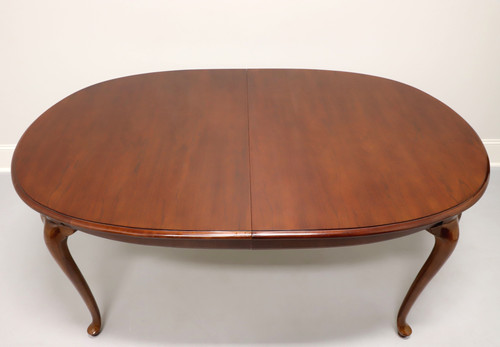 THOMASVILLE Collectors Cherry 752 Queen Anne Dining Table