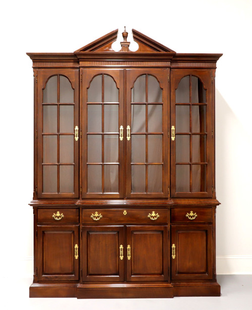 DREXEL HERITAGE Cherry Traditional Breakfront China Cabinet