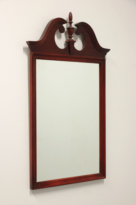 Vintage 20th Century Mahogany Traditional Federal Style Mirror