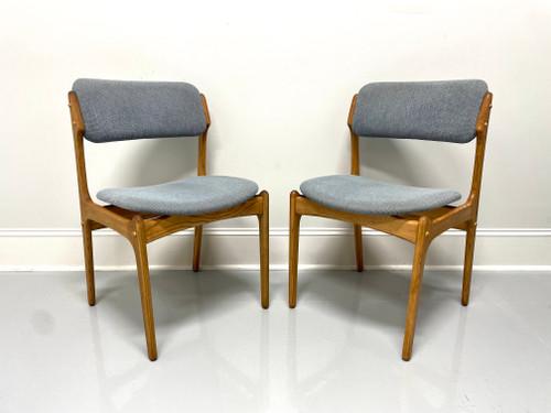 Erik Buch for Mobler Model 49 Oak Danish Mid Century Modern Side Chairs - Pair B