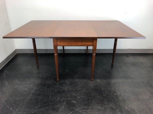 EA CLORE SONS Gateleg Drop Leaf Table No. 513-T