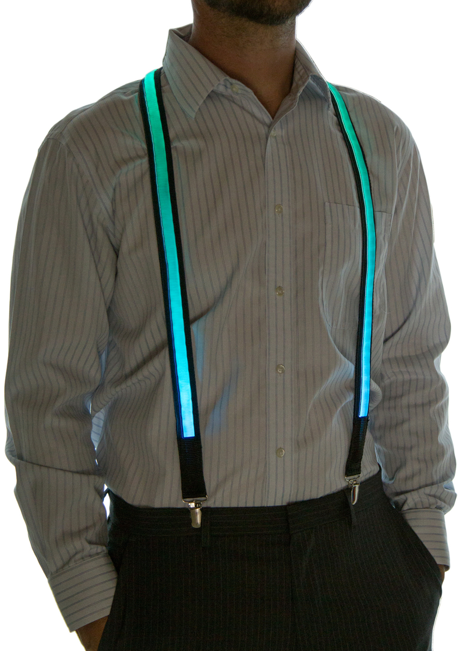 Model wearing suspenders set to Blue