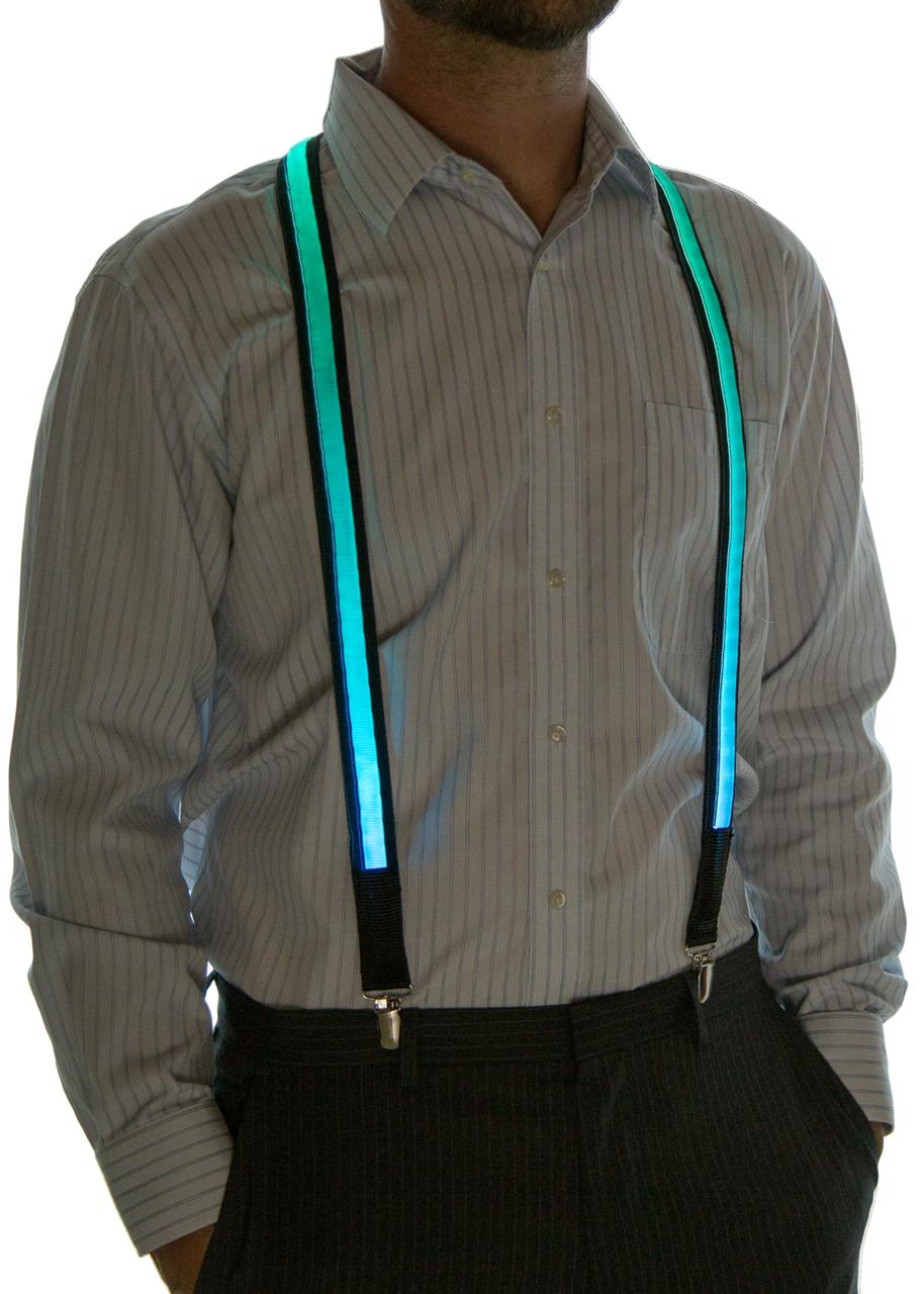 Model wearing suspenders set to Blue