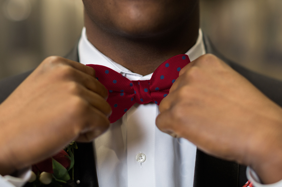 oxford-kent-bow-tie-on-man-closeup.png