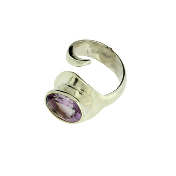 Amethyst sterling silver ring side view.