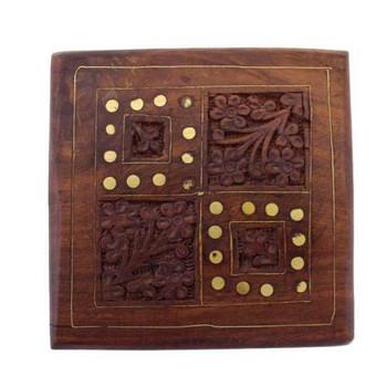 Wooden trinket box.
